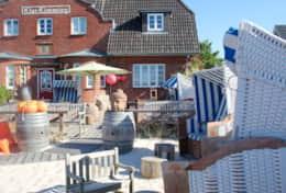 Beachclub mit Sandkasten