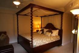 Master #1 King Bed (IMG_6391)