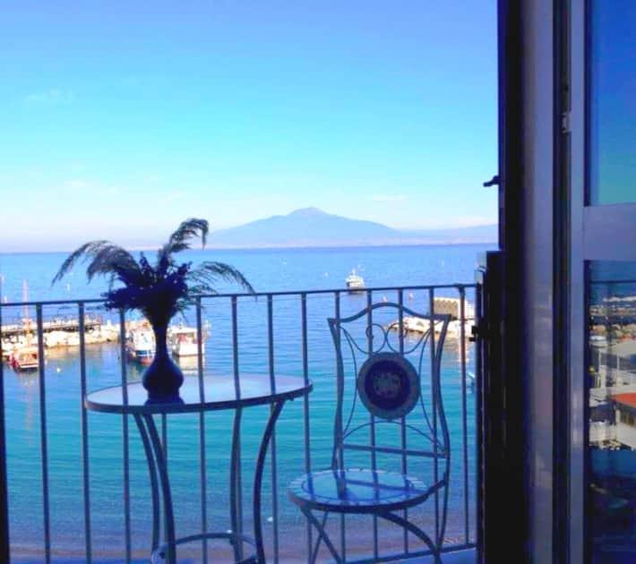 Positano Apartments: Sorrento & Amalfi Coast Villa Rentals
