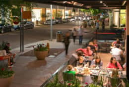 Kierland Mall & outdoor dining - 9 minutes