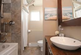 Bathroom with Soaker and Infloor Heating