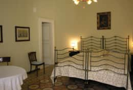 Palazzo Settecento - double bedroom with its own bathroom - Lecce - Salento