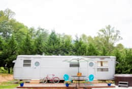 The Silver Bettie- Asheville Glamping
