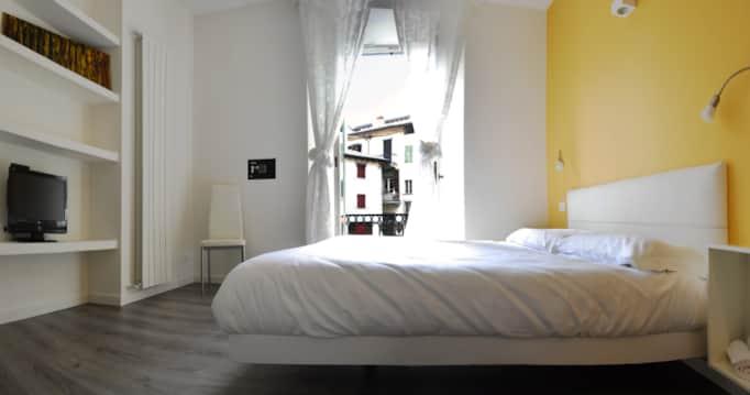 Stunning Descrizione Camera Da Letto Pictures - dairiakymber.com ...