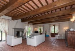 Holiday-in-Tuscany-Poppi-Villa-Borgo-Bibbiena (30)