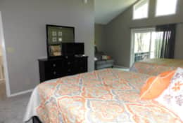 Upstairs Bedroom- 2 Queen Beds