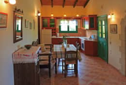Kitchen, Dining room(2)