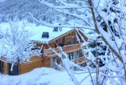Chalet Kouffa in the winter.
