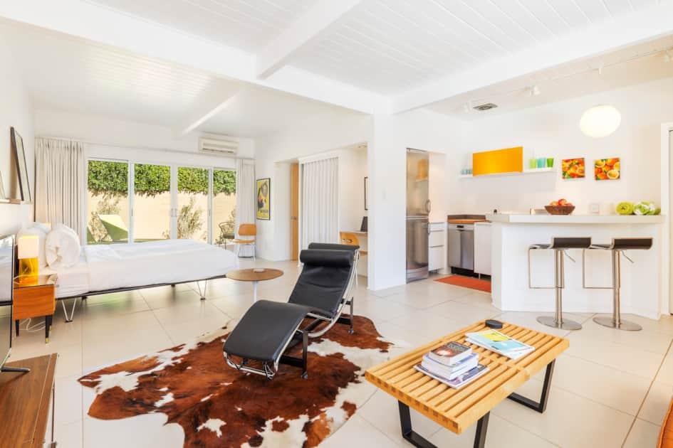 Studio Apartment 2 Psp Id 4044 3 Night Minimum Stay Condo Rental In Palm Springs
