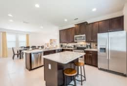 Exclusive Private Villas, 6 Bedroom Luxury Florida Villa In Encore Club (ENC189) - Kitchen2