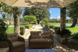 Casino Pisanelli - shaded outdoor area - Ruffano - Salento
