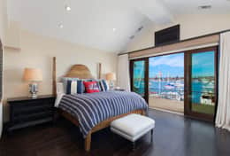 Master Bedroom - Cal King Bed