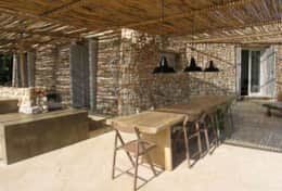 Le Greche - Tyche - outdoor shaded dining area - Morciano di Leuca - Salento