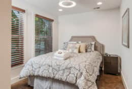 Sleep soundly on a comfy queen bed in the 3rd bedroom.