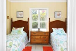 11103: The second bedroom offers a pair of twin beds