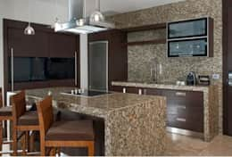 GL 1 Bdrm Suite Kitchen