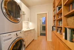 Washer/dryer upstairs