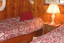 Bedroom 2 - 2 single beds