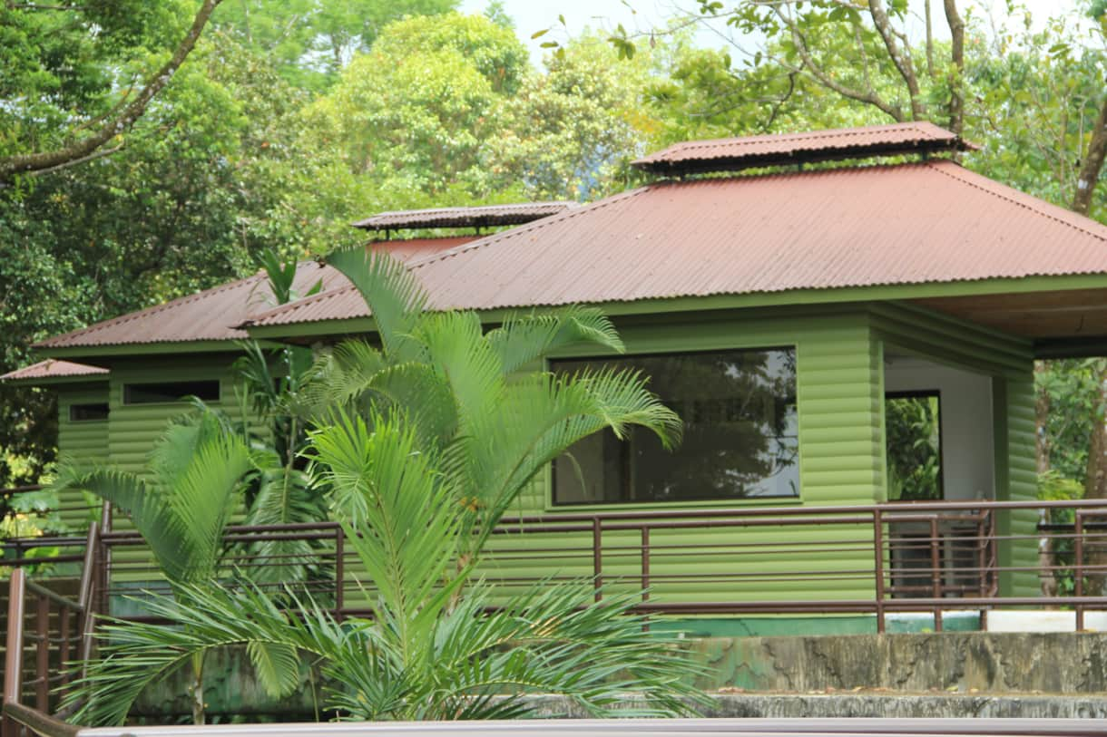 Seperate Dinning and Kitchen Area