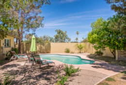 Private pool & multiple seating areas!