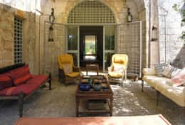 Le More - entrance area with outdoor sitting area -Spongano - Salento