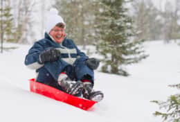 K39 Thistle Cottage – Our older South African guests experienced first time sledging