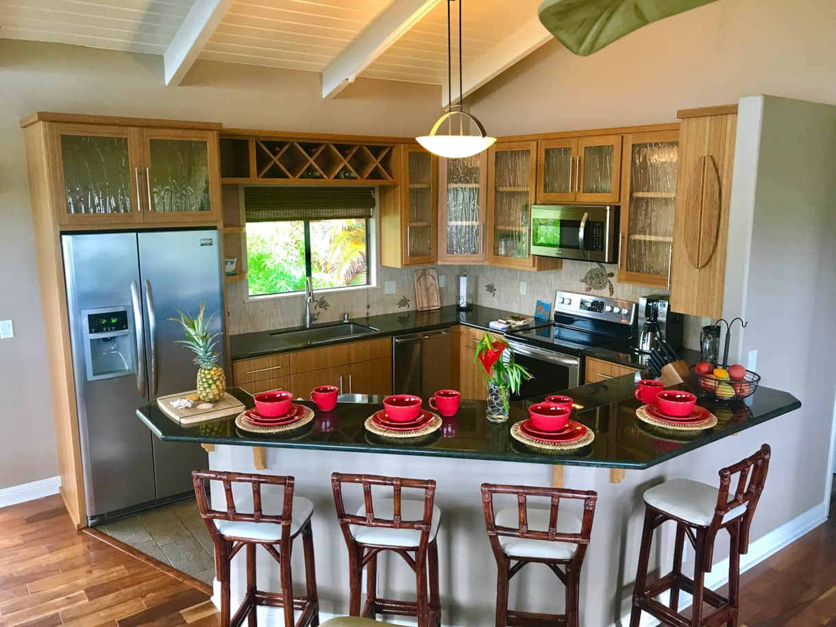 Kitchen with many updates and hawaiian decor at the Hale Makamaka.