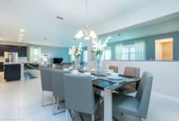 Larger formal dining area