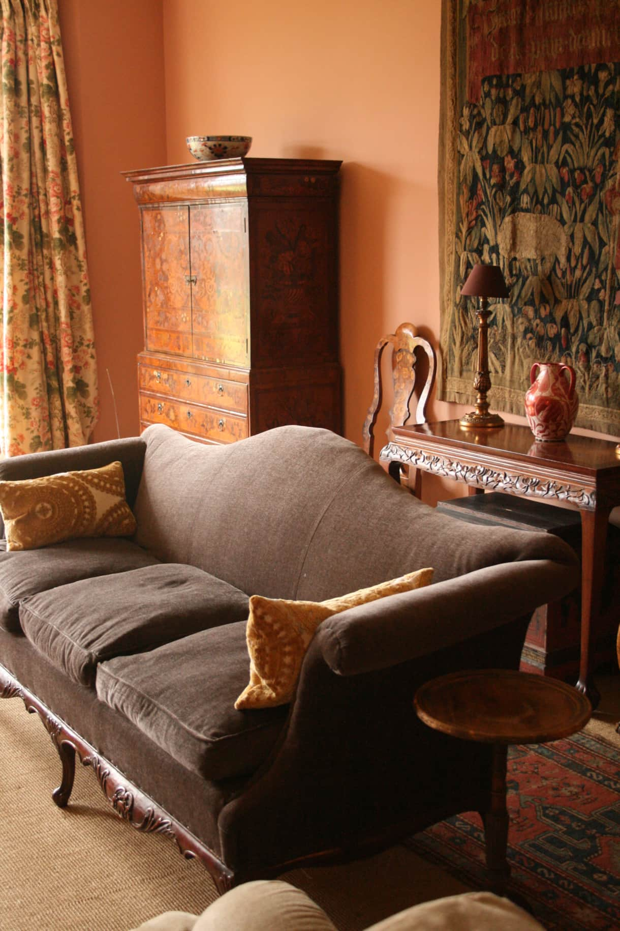 Pigeon House B&B drawing room