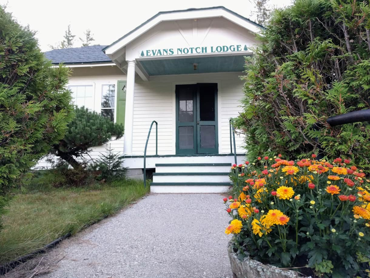 Welcome to Evans Notch Lodge!